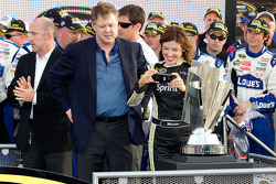 Championship victory lane: Brian France and Miss Sprint Cup Monica Palumbo