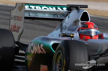 Michael Schumacher, Mercedes GP F1 Team using a moveable rear wing