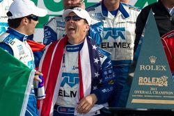 DP victory lane: class and overall winners Scott Pruett and Memo Rojas celebrate