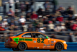 #82 3D Racing BMW 330: David Maynard, David Quinlan
