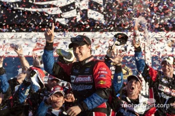 Victory lane: race winner Trevor Bayne, Wood Brothers Racing Ford celebrates