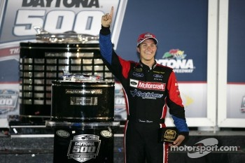 Victory lane: race winner Trevor Bayne, Wood Brothers Racing Ford