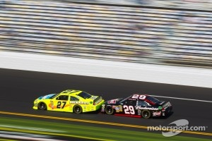 Paul Menard, Richard Childress Racing Chevrolet and Kevin Harvick, Richard Childress Racing Chevrolet