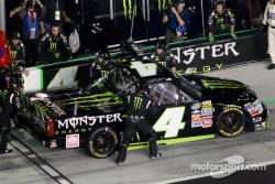 Pit stop for Ricky Carmichael, Tuner Motorsport Chevrolet