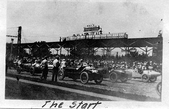 1921 Indy 500 The Start #16 Ora Haibe, #9 Albert Guyot, #21 Bennett Hill