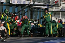 Jarno Trulli, Team Lotus pit stop