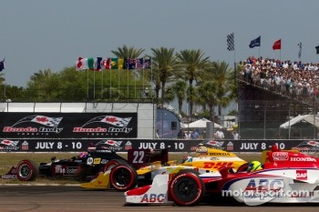 Justin Wilson, Dreyer & Reinbold Racing goes off the track