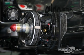 McLaren Mercedes, Technical detail, brake system