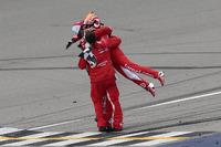 NASCAR Sprint Cup Fotos - Race winner Kyle Larson, Chip Ganassi Racing Chevrolet