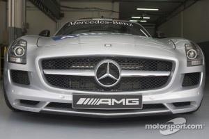 2011 Mercedes-Benz SLS AMG F1 Safety Car