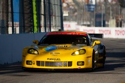 #3 Corvette Racing Chevrolet Corvette C6 ZR1: Olivier Beretta, Tom Milner