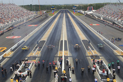 4 Wide Funny Car racing