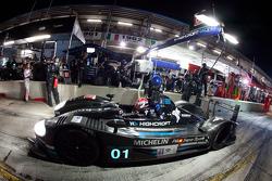 Pit stop for #01 Highcroft Racing Honda Performance Development ARX-01e: David Brabham, Marino Franchitti, Simon Pagenaud