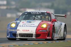 #76 Imsa Performance Matmut Porsche 911 RSR: Raymond Narac, Patrick Pilet, Nicolas Armindo