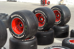 Rocketsports' red rims