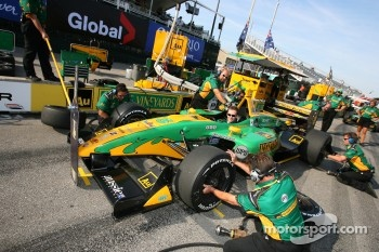Pitstop practice at Team Australia