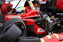 Tyres pile-up for Sébastien Bourdais
