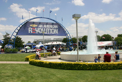 The Indianapolis Motor Speedway Hall of Fame and Museum fountain