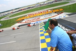Green flag: Helio Castroneves leads Sam Hornish Jr.