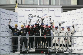 LMP2 podium: class winners Mathias Beche,Pierre Thiriet and Jody Firth, second place Dominik Kraihamer, Nicolas De Crem, third place Nick Leventis, Danny Watts and Jonny Kane