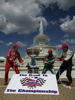 IndyCar Series 2007 Championship contenders Scott Dixon, Tony Kanaan and Dario Franchitti battle for the trophy during a photoshoot