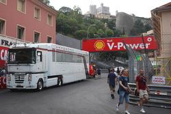 Sauber F1 Team, Truck
