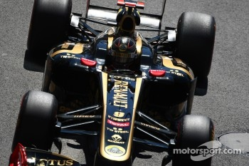 Lotus Renault livery to stay in 2012