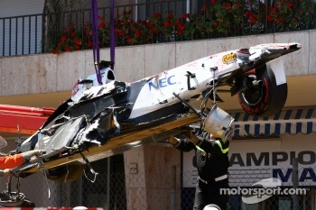 Qualifying was red flagged due to  the crash of Sergio Perez