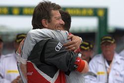 Race winner André Lotterer celebrates with Ralph Juttner