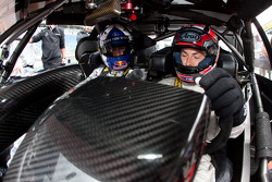 Nicky Hayden, Ducati Team, about to drive the AMG Mercedes C-Klasse with David Coulthard, Mücke Motorsport