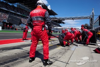 Audi Sport team members ready for a pit stop