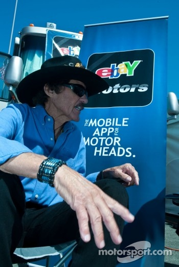 Richard Petty visits the eBay Motors booth in the midway