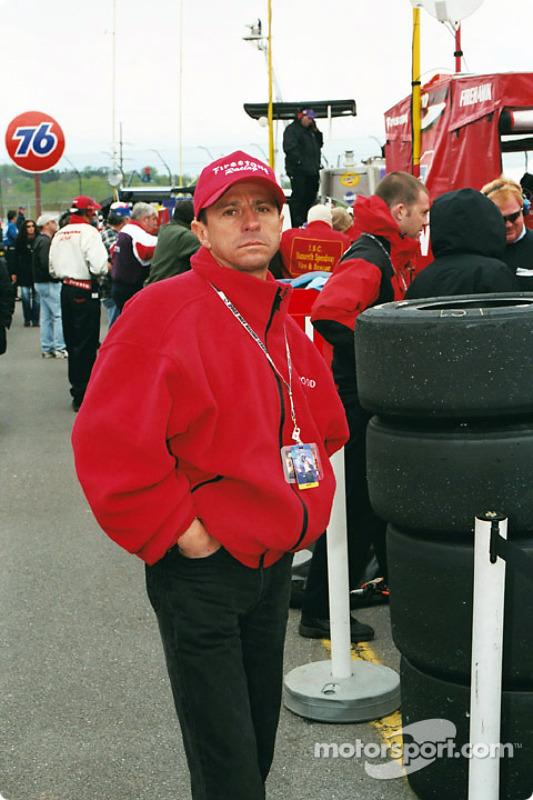 Roberto Moreno checks out the IRL