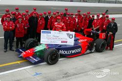 Tony Kanaan and Mo Nun Racing team