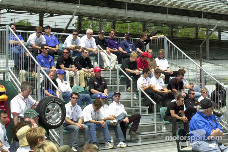 32 of the 33 drivers in the 2002 Indy 500
