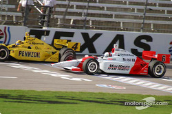 Sam Hornish Jr. and Gil de Ferran