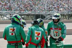 The Andretti Green crew members