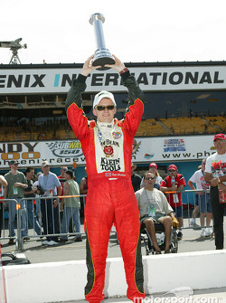 Dan Wheldon receives MBNA Pole Award