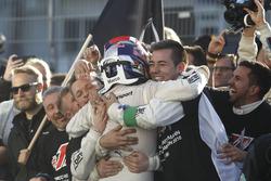 DTM-Champion 2016: Marco Wittmann, BMW Team RMG, BMW M4 DTM, feiert mit dem Team