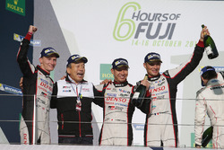 Podium: 1. #6 Toyota Racing, Toyota TS050 Hybrid: Stéphane Sarrazin, Mike Conway, Kamui Kobayashi