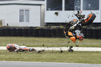 MotoGP Fotos - Marc Marquez, Repsol Honda Team crash