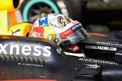 3rd place Daniel Ricciardo, Red Bull Racing RB12