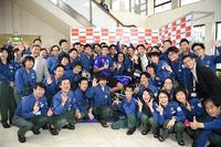MotoGP Foto - Valentino Rossi, Movistar Yamaha MotoGP, visita l'X refinery and R&D Center a Yokohama