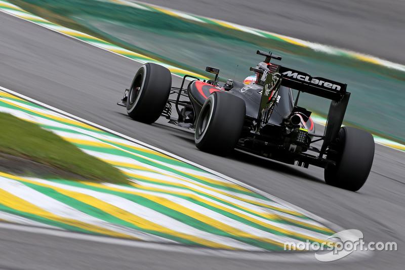10. Fernando Alonso, McLaren MP4-31