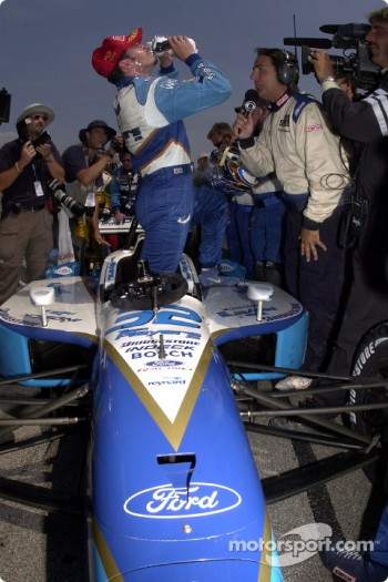 Patrick Carpentier celebrating victory