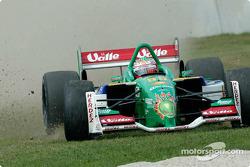 Mario Dominguez spinning