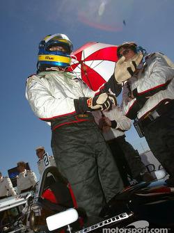 Sébastien Bourdais gets ready for the race