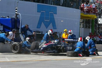 Pitstop for Ryan Hunter-Reay