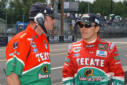 Adrian Fernandez with race engineer Dave Watson