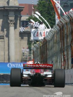 Checkered flag for Sébastien Bourdais